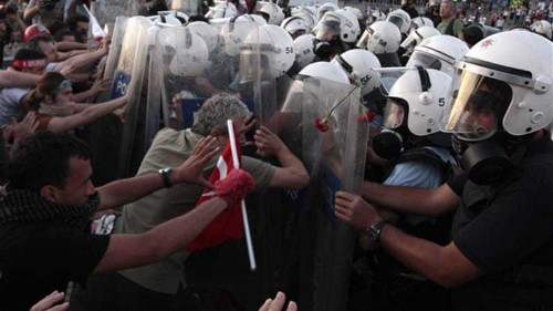 Turkish protesters accused of terror links