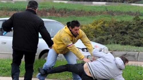 Pro-Ukraine activists attacked in Crimea