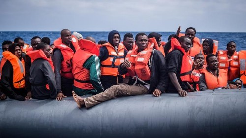 Macron: EU countries agree to new migrant and refugee mechanism