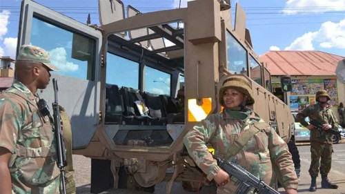 Foreigners targeted in massive police raid in S Africa