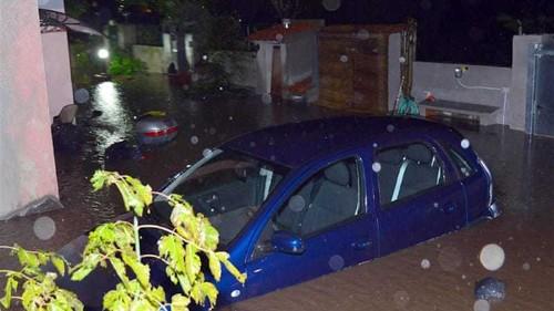 Sardinia hit by deadly floods