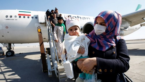 Iraq extends ban on Iran arrivals amid coronavirus fears