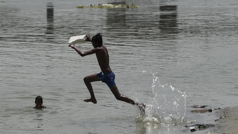North India sizzles as temperature touches 50C