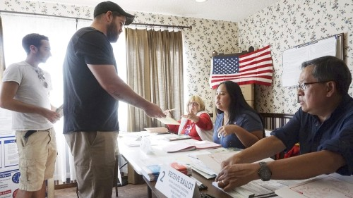 Analysts see 'blue wave' emerging in US cities ahead of election