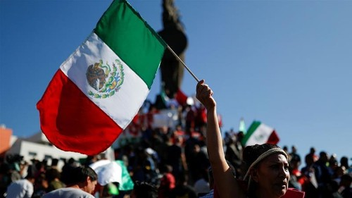 Mixed reception leaves Central Americans uncertain in Tijuana