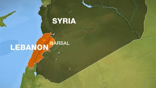 Syrian jets 'attack' Lebanese town