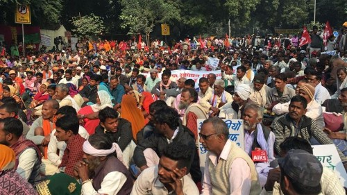 Fearing eviction, thousands of forest dwellers protest in India