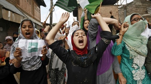 Kashmir under lockdown: All the latest updates