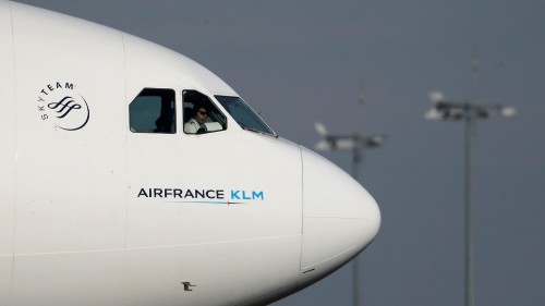 Air France-KLM sees earnings drop up to $216m due to coronavirus