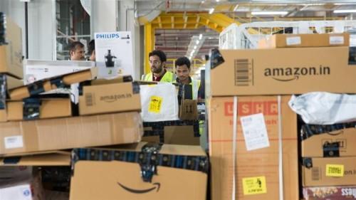 India investigates Amazon, Flipkart over festive discounts