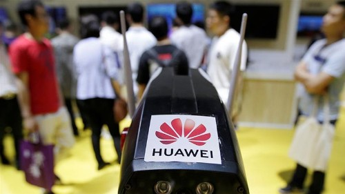 Huawei crackdown weighs on US stocks