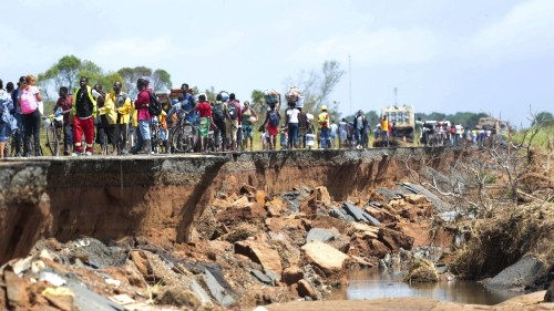 Cyclone-hit Mozambique: cases of cholera, malaria, typhoid