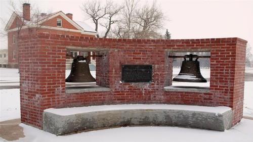 US returns 'Bells of Balangiga' to Philippines after 1901 clash