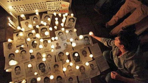 Mexico students hunt leads to new mass grave