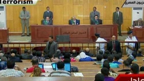Lawyers critique handling of Mubarak trial