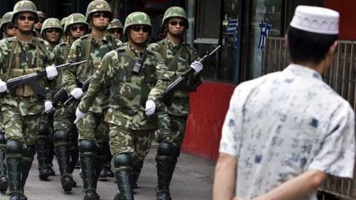 China detains Uighurs 'fleeing to Vietnam'