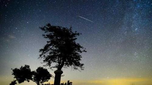 Rare meteor shower to illuminate Americas
