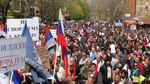 Serbians protest Kosovo deal