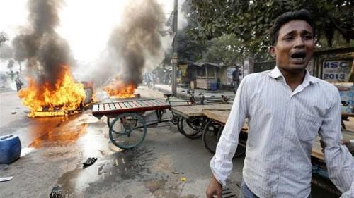 Bangladesh deploys troops ahead of election