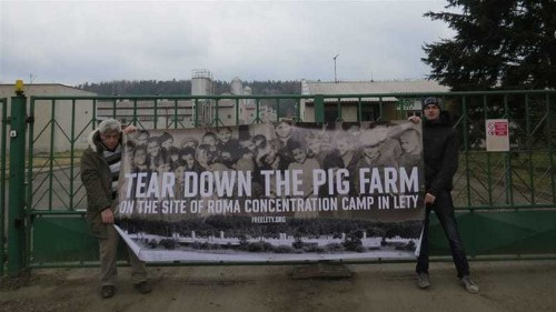 Pig farm takes centre stage in battle for Roma history