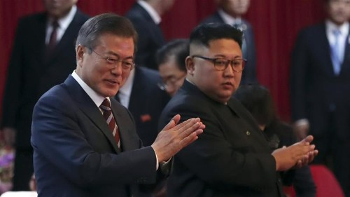 Moon Jae-in urges US to declare end of war with North Korea