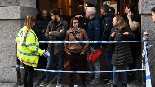 'Heroic' bystanders praised for tackling London Bridge attacker