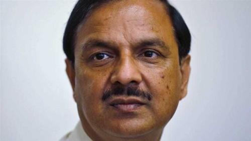 India: Mahesh Sharma retreats from 'skirts' comment