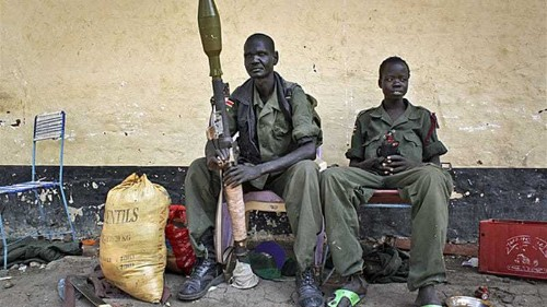 S Sudan rebels say closing in on oil fields