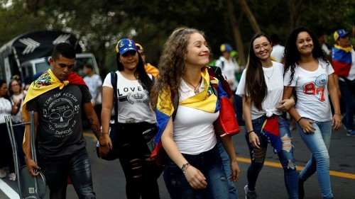 Rival concerts held as Venezuela power struggle intensifies