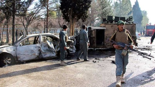 Helmand: Taliban kill policemen and confiscate weapons