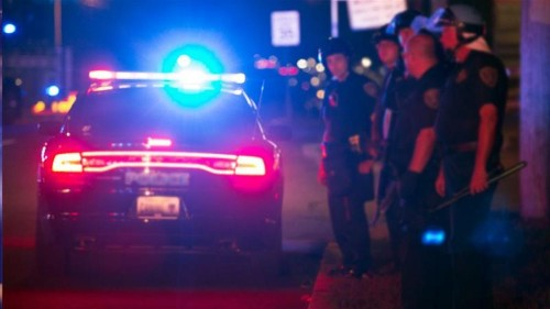 Arizona police shoot dead teenager carrying airsoft gun