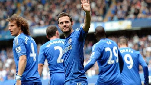 Mata joins United for record fee