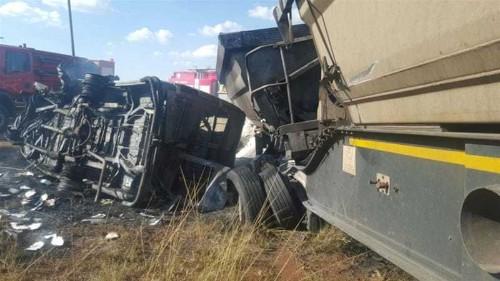 South Africa bus crash kills dozens of people
