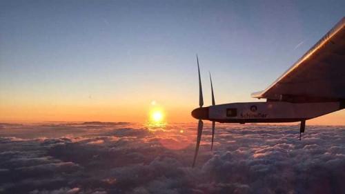 Solar plane smashes solo flight record over Pacific