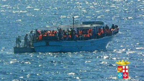 Thousands of migrants rescued by Italian navy