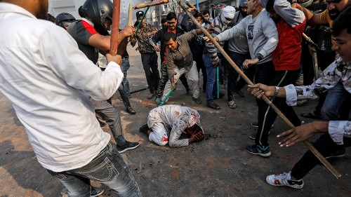 Mosque set on fire as violent protests continue in New Delhi