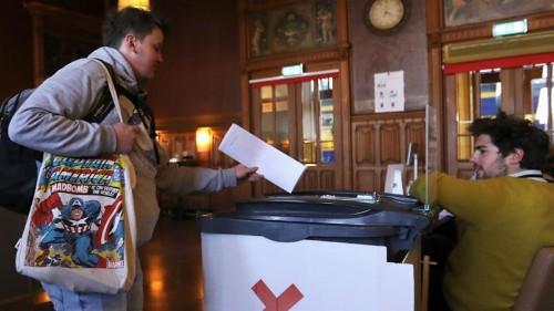 Voting begins in European elections