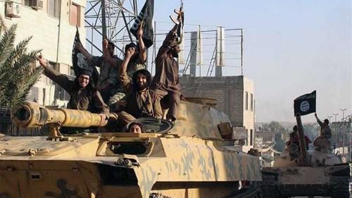 US to strike ISIL 'sanctuaries' in Syria