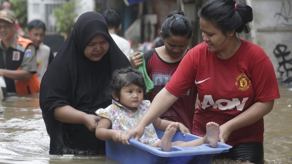 Asian cities urged to bolster defence against rising seas