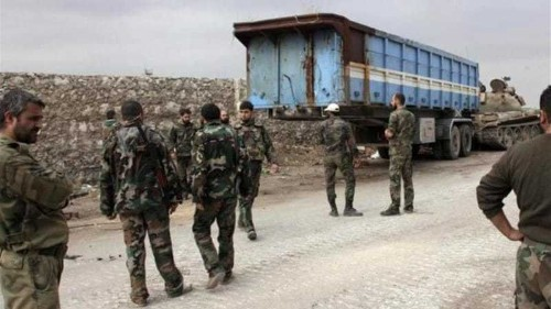Syrian troops on offensive in two main cities