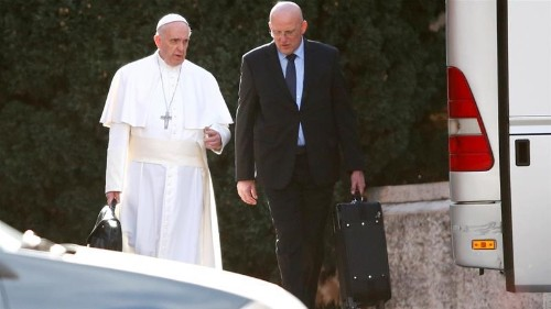 Vatican intrigue: Security chief resigns over real estate scandal