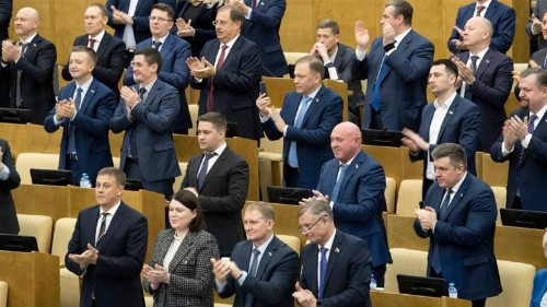 Russia's Duma unanimously approves Putin's constitution shake-up