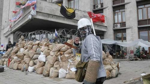 Separatists remain defiant in Ukraine's east