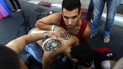 Man goes on stabbing spree at Jerusalem gay parade