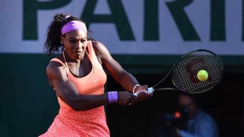 French Open: Ailing Serena sets up Safarova final