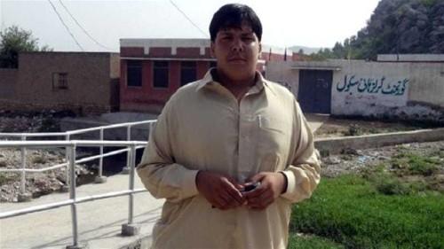 Pakistan teen dies stopping suicide bomber