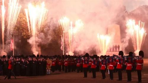 UK: Bonfires, fireworks send air pollution levels soaring