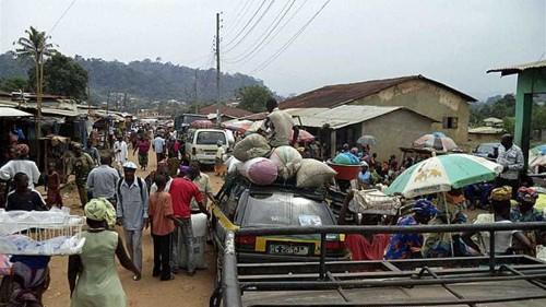 Fear in Guinea capital as Ebola virus spreads