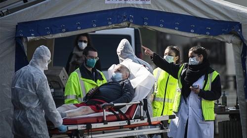 Spain coronavirus death toll passes 10,000: Live updates