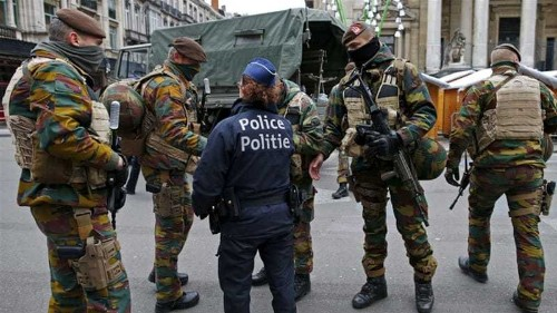 Belgium issues warrant for new Paris attacks suspect